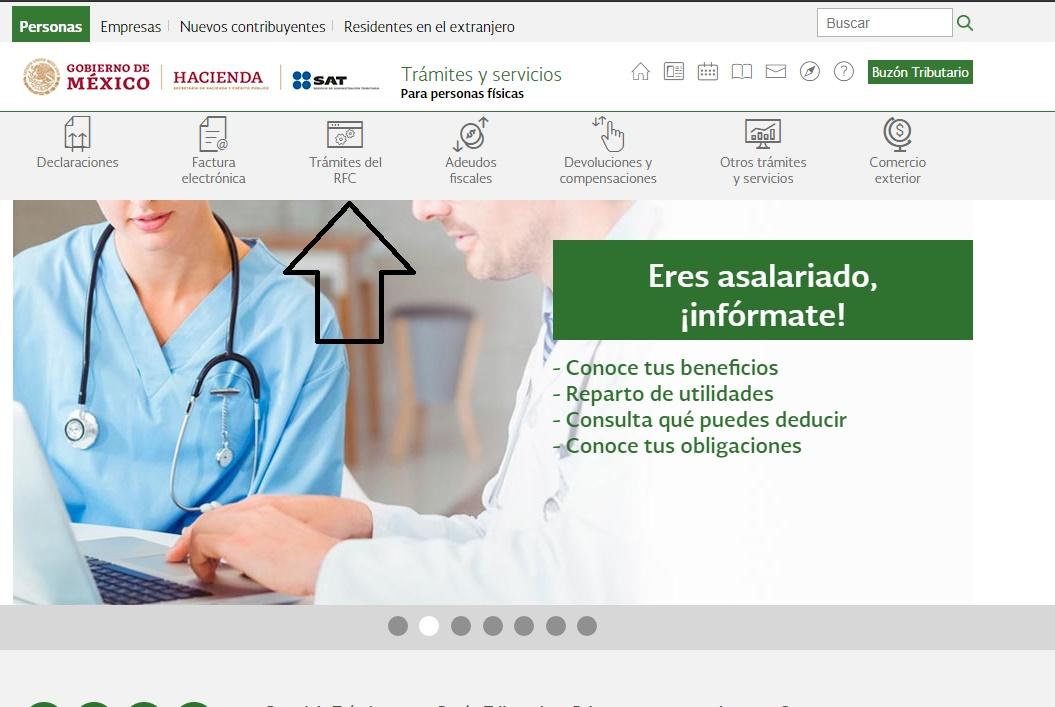 Captura de pantalla de un celular en la mano  Descripción generada automáticamente